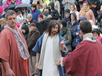 Passion Play to Tour Lanarkshire Churches